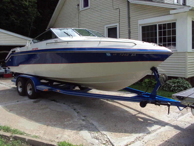 1989 Wellcraft Elite located in Iowa for sale
