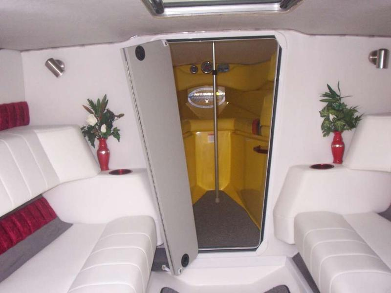 Sunsation 288 SSR midcabin
