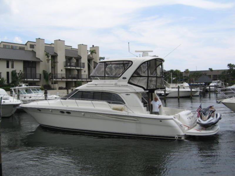 2004 SEA RAY 48 Sedan Bridge 2004 located in Florida for sale