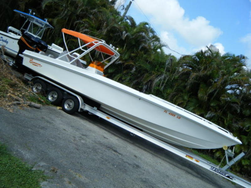 2002 Renegade Center Console Cuddy located in Florida for sale