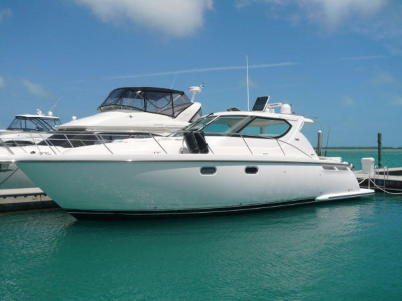 2007 Tiara 43 Sovran VOLVO 600 IPS located in Florida for sale