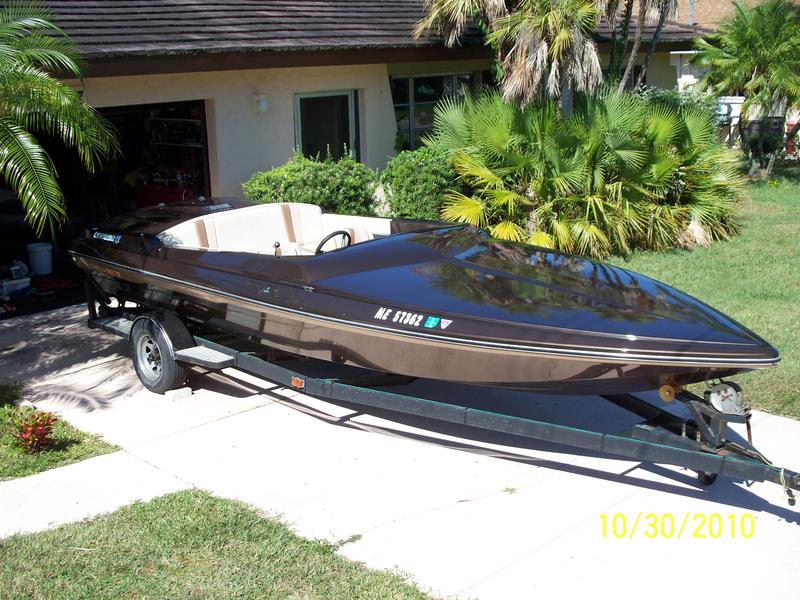 1979 checkmate enchanter located in Florida for sale