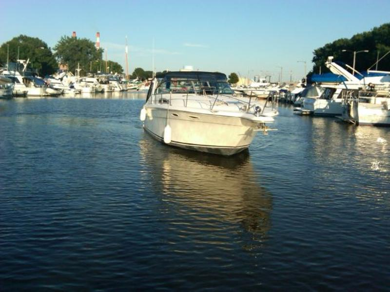 Sea Ray 370 Express