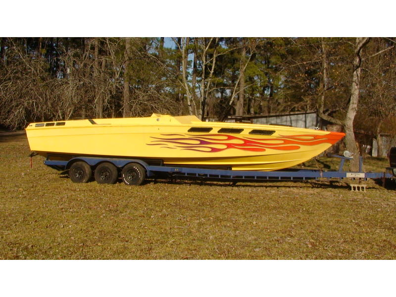 1979 Wellcraft Scarab located in North Carolina for sale