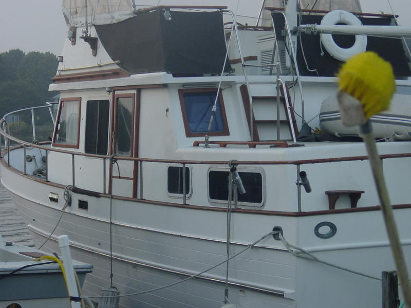 1980 marine trader 38 DC located in Rhode Island for sale