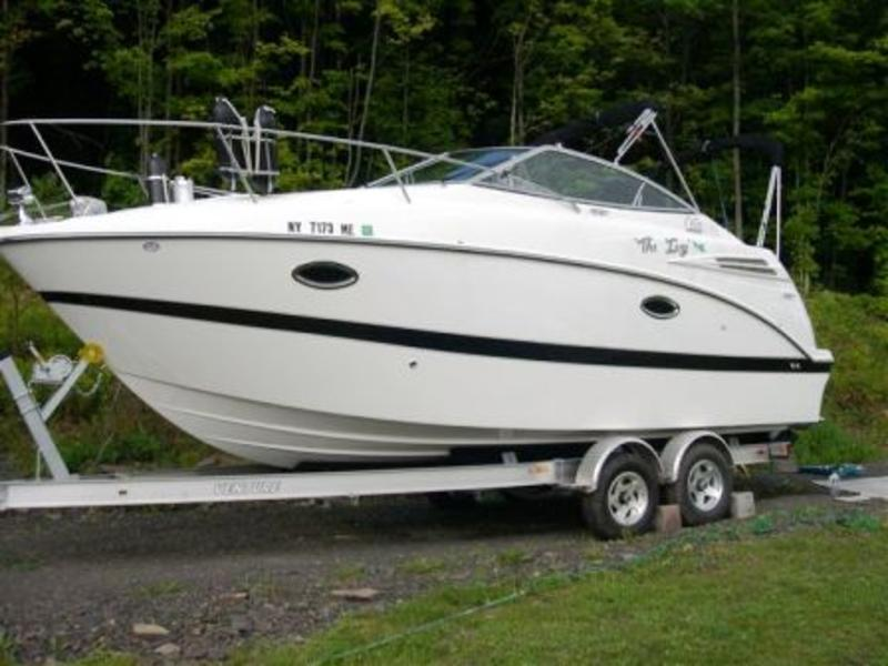 2007 Maxum 2400 SE located in New York for sale