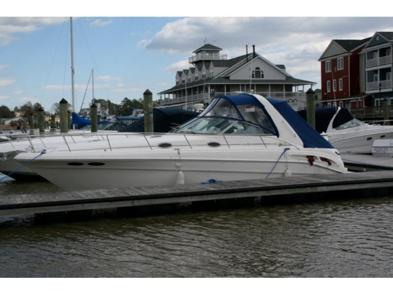 1999 Sea Ray 340 Sundancer located in Virginia for sale