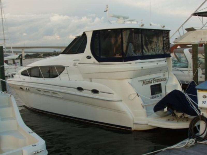 2004 Sea Ray 390 located in Florida for sale