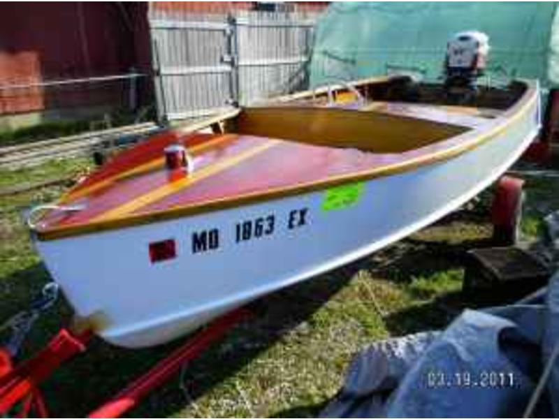 1952 Chris Craft 14ft kit boat located in Missouri for sale