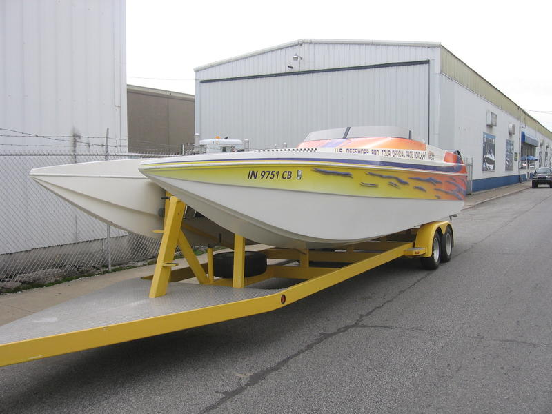 2000 ELITE POWERBOATS 308 OFFSHORE located in Indiana for sale