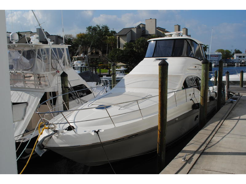 2005 Sea Ray SEDAN BRIDGE 550 located in Florida for sale