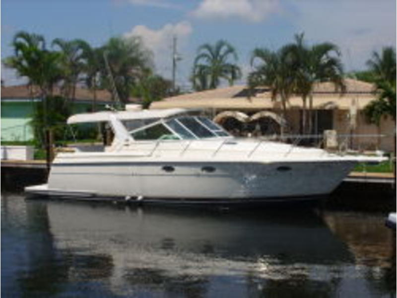 1997 Tiara 35 express located in Florida for sale
