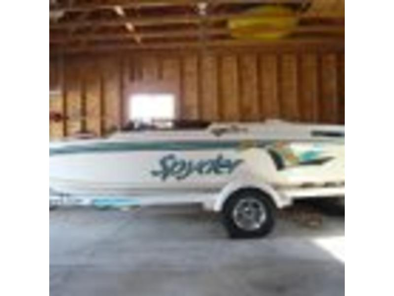1994 Seaswirl Spyder located in Michigan for sale