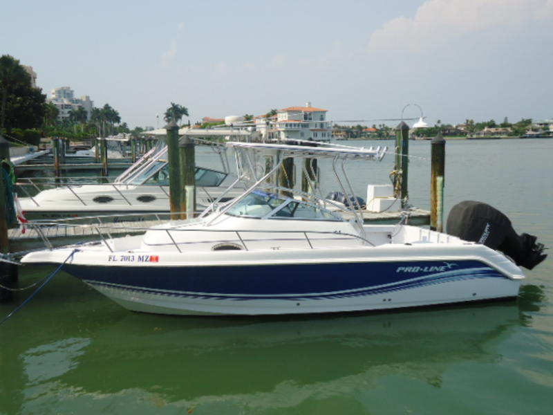2006 Proline 24 Walk Around located in Florida for sale