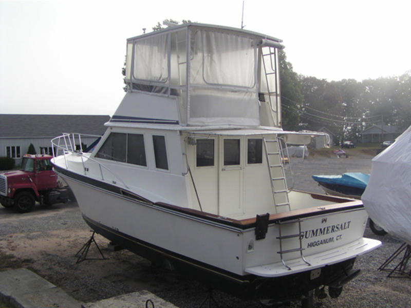 1985 Wellcraft Californian located in Connecticut for sale