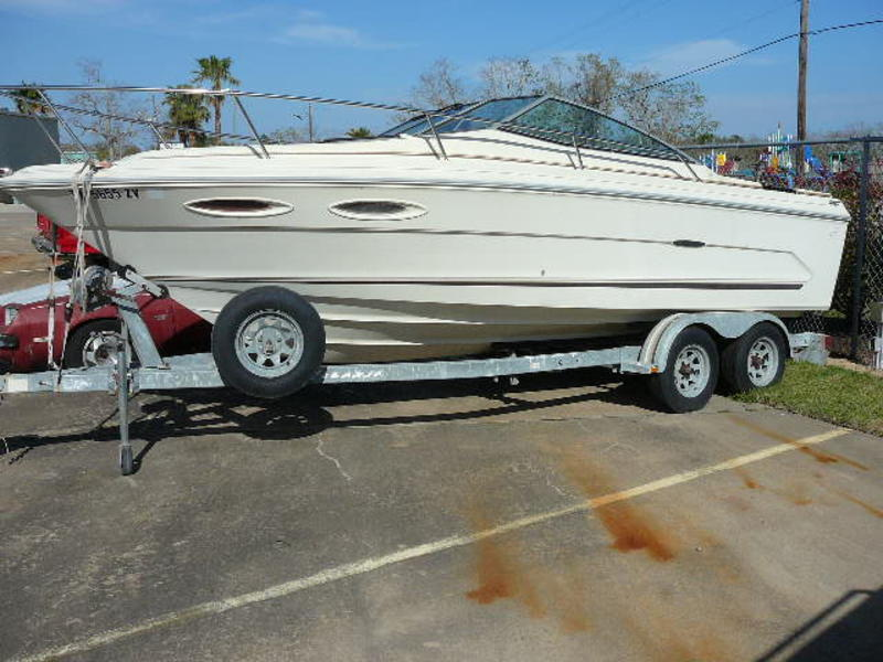 1984 SEARAY 210 CUDDY CABIN located in Texas for sale