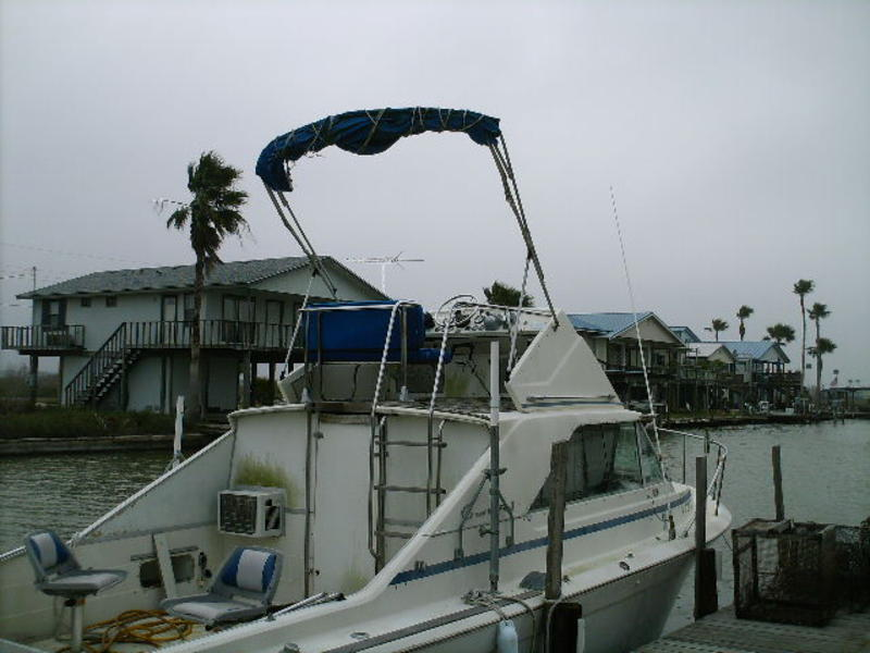 1968 Chris Craft Commander located in Texas for sale