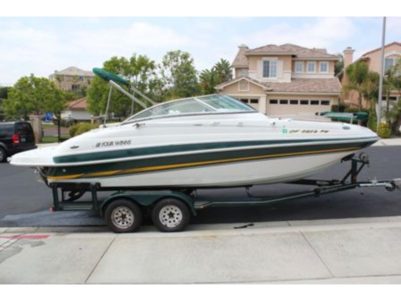 2002 Four Winns 214 Fun Ship located in California for sale