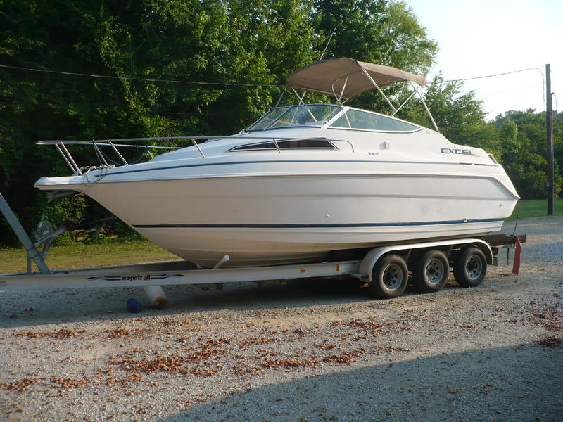 1997 Wellcraft 240SE located in Mississippi for sale
