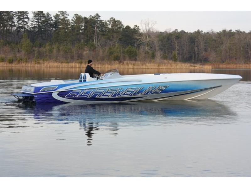 Adrenaline Powerboats International Adrenaline SS 380