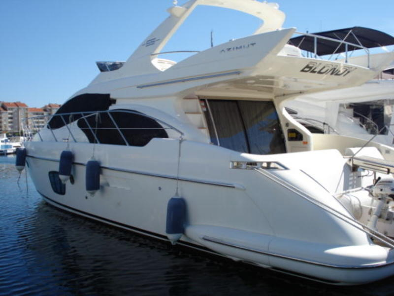 2006 Azimut Evolution located in Florida for sale