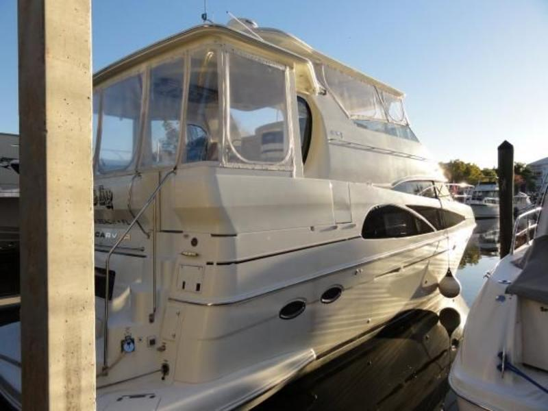 2005 Carver Motor Yacht located in Florida for sale