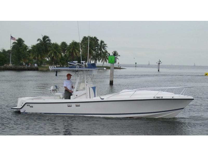 2001 Sea Vee 290I Center Console located in Florida for sale