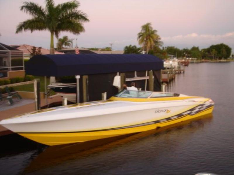2002 Donzi TRIP 500 MERCS 45 ZX located in Florida for sale
