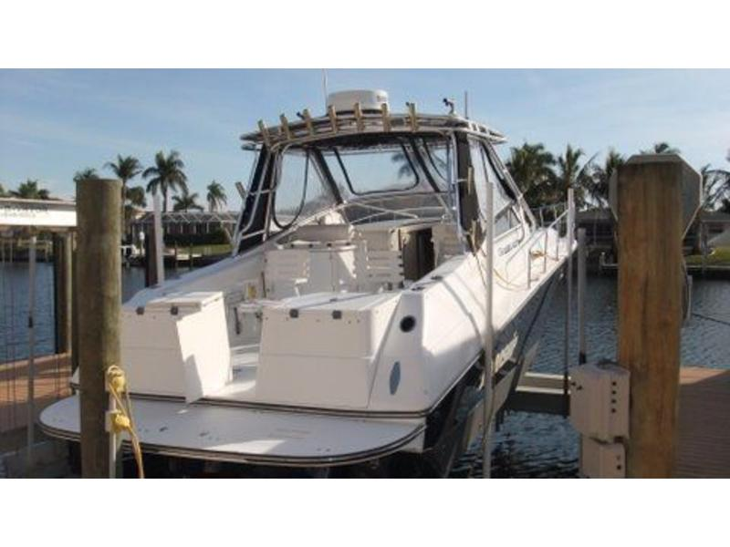 2004 Fountain Express Fish Diesel Sportfish located in Florida for sale