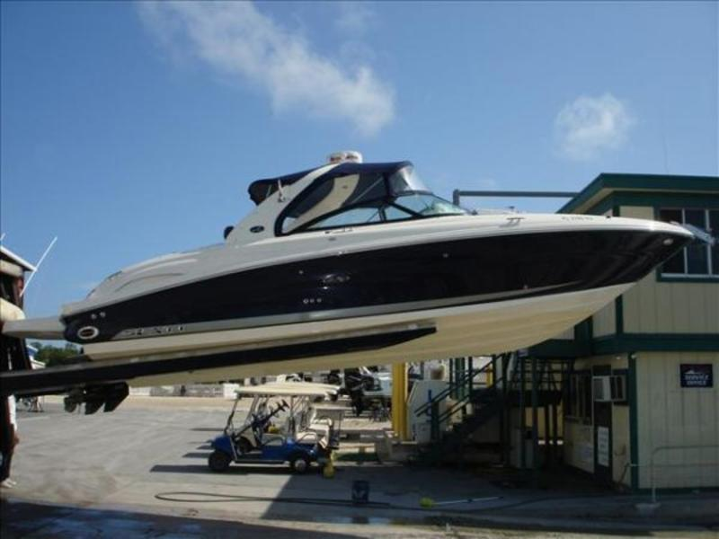 2007 Sea Ray 290 Bowrider SLX located in Florida for sale