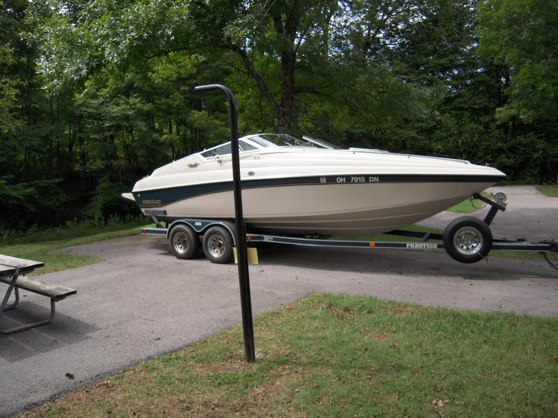 1994 Crownline 225CCR located in Ohio for sale
