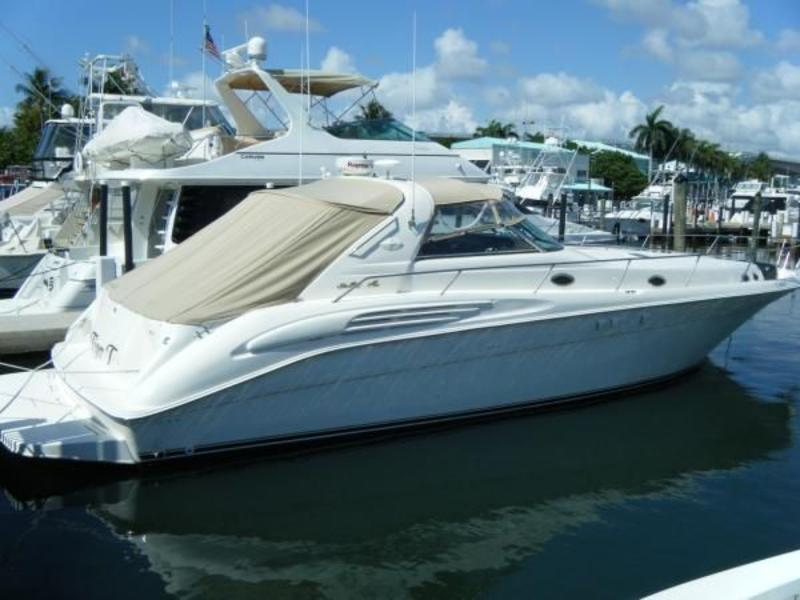 1999 Sea Ray 45 Sundancer located in Florida for sale