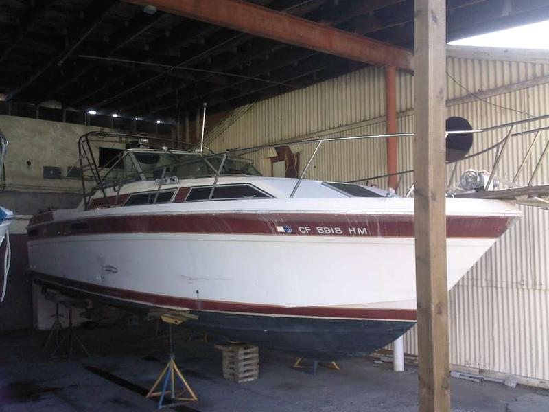 1982 Wellcraft Express located in California for sale