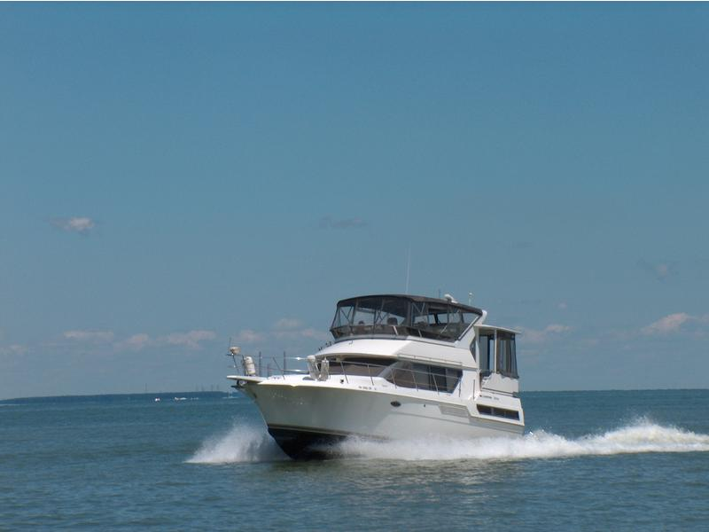 1996 Carver 370 Aft Cabin located in Ohio for sale