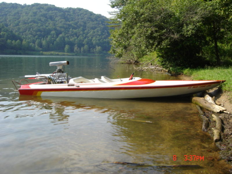 1987 cheyenne 18ft bubbledeck jet boat located in Kentucky for sale