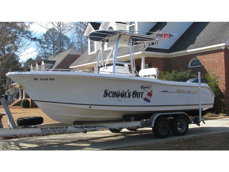 2008 Triton Sea Hunt located in North Carolina for sale