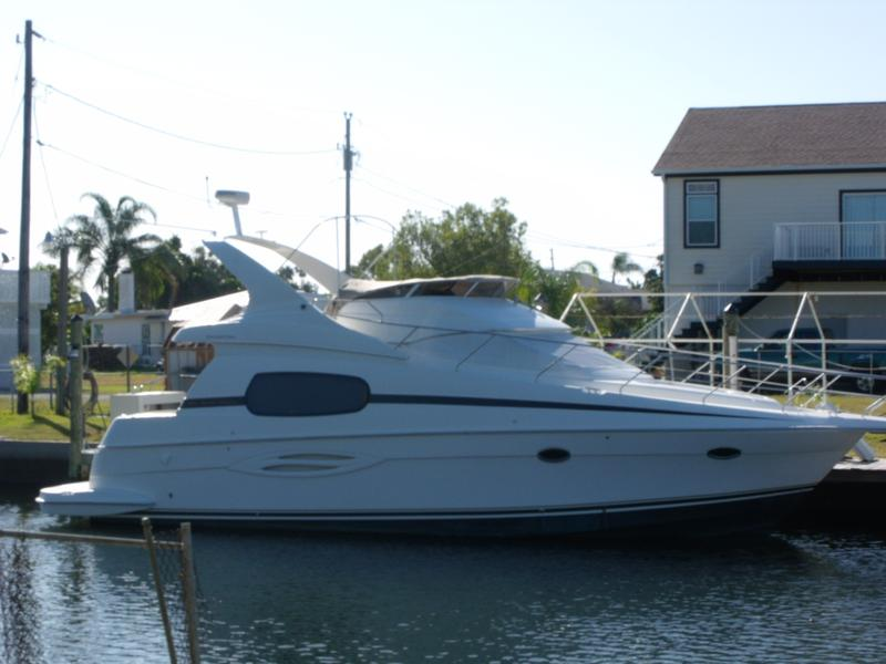 2004 Silverton 410 Sport Bridge located in Florida for sale