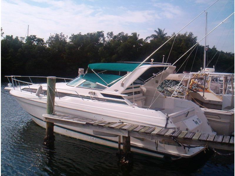 1995 Wellcraft Martinique located in Florida for sale