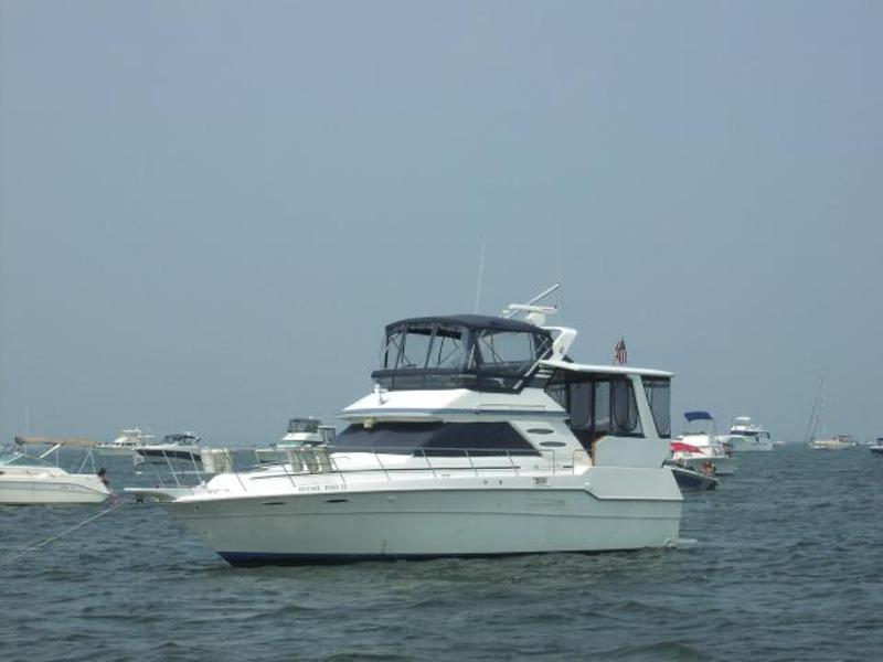 1988 Sea Ray 415 Aft Cabin located in New Jersey for sale