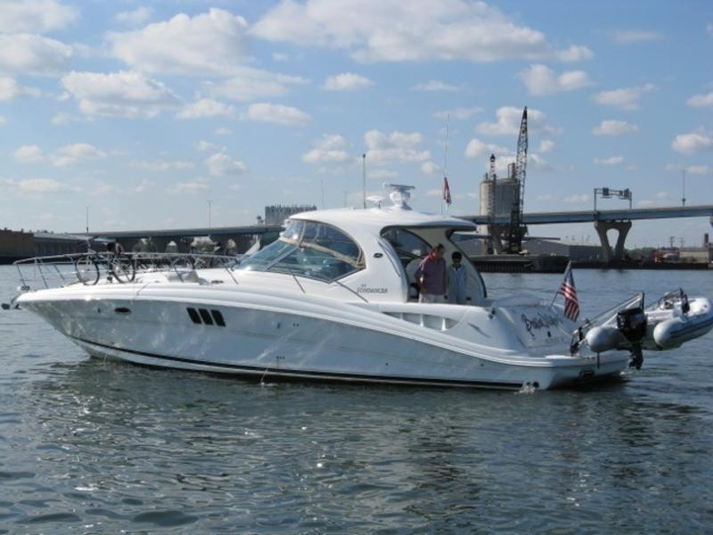 2006 Sea Ray 44 Sundancer located in Wisconsin for sale