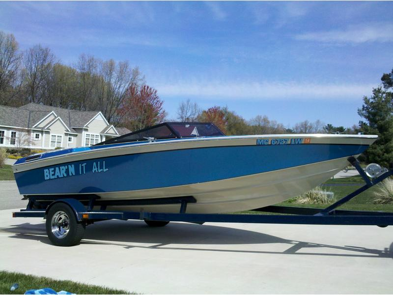 1985 Powerquest PowerPlay 185 XLT located in Michigan for sale