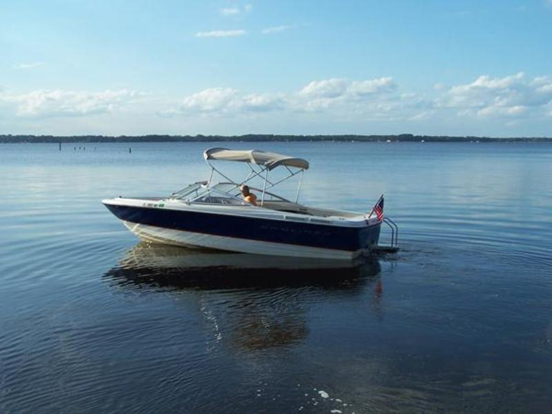 2004 Bayliner 215 Classic located in Florida for sale