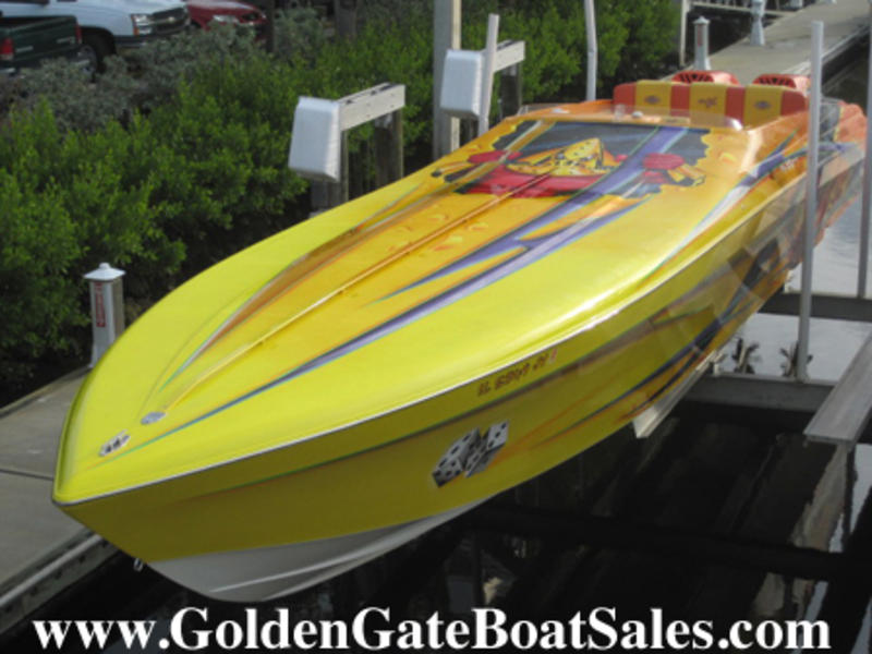 2002 Outerlimits 47 High Performance located in Florida for sale