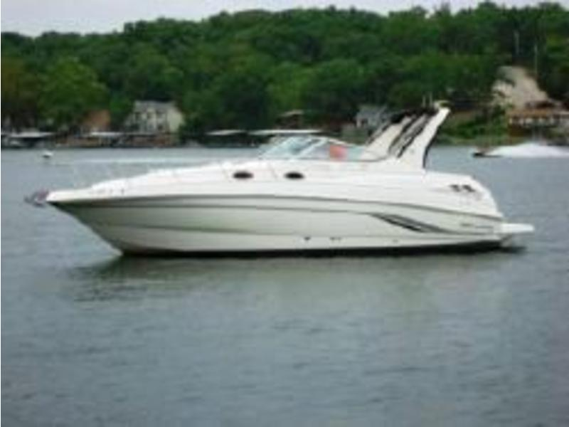 2000 Chaparral Signature Series located in Massachusetts for sale