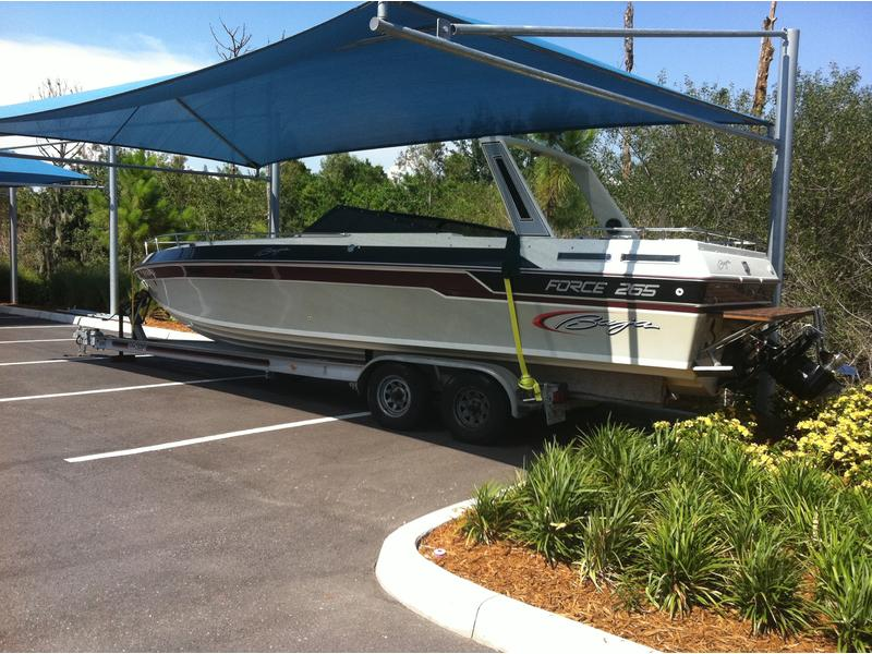 1987 Baja force 265 located in Florida for sale