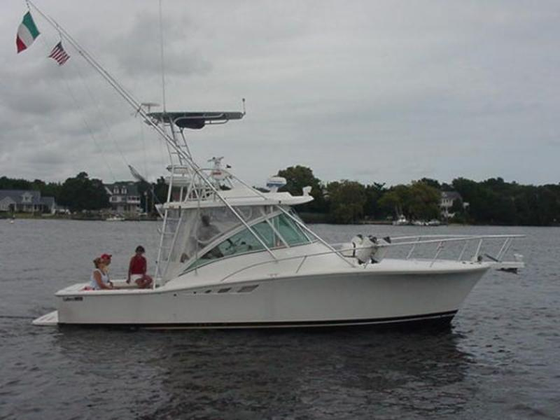 2004 Luhrs 320 Open located in New Jersey for sale