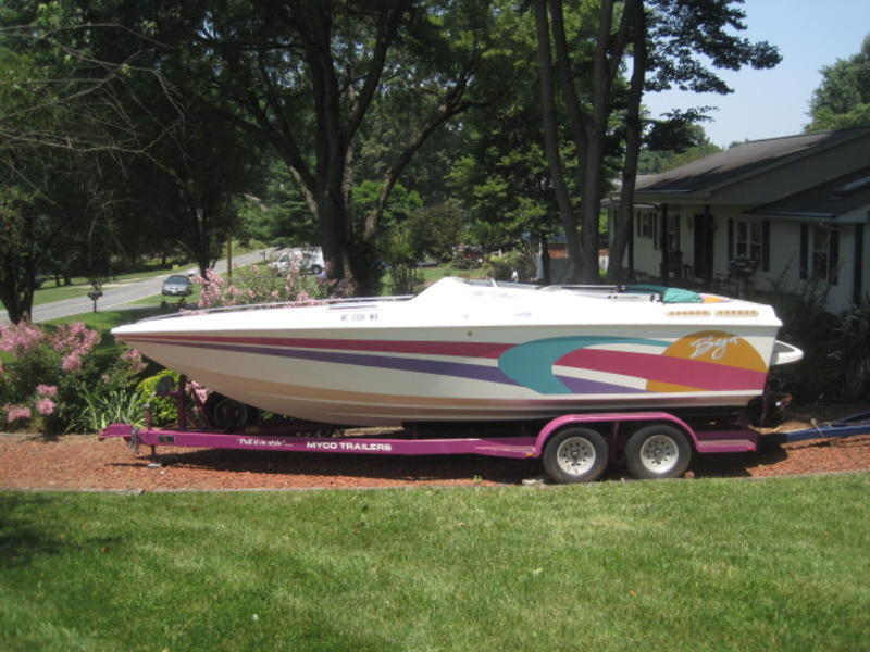 1993 BAJA Outlaw 24 SE located in North Carolina for sale