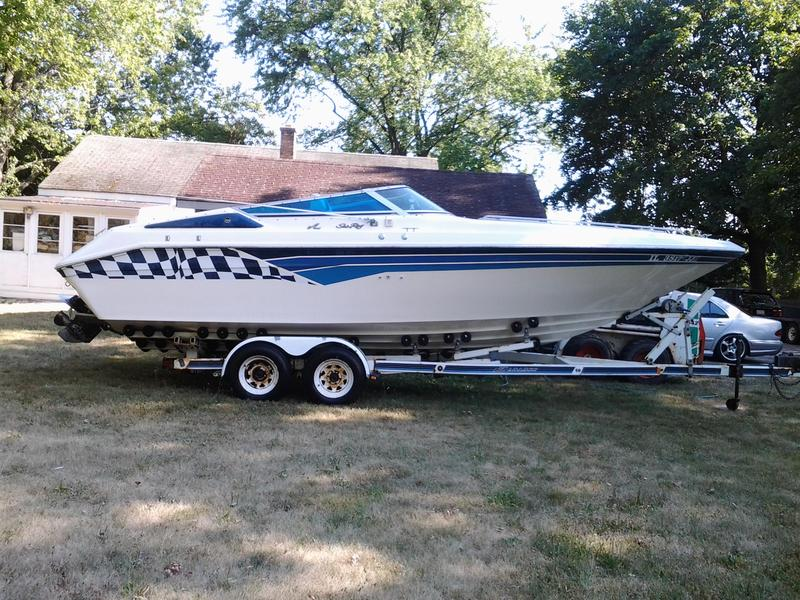 1989 Sea Ray Pachanga located in Illinois for sale