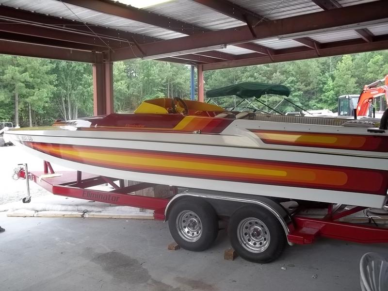 1987 Eliminator 23 Daytona located in North Carolina for sale
