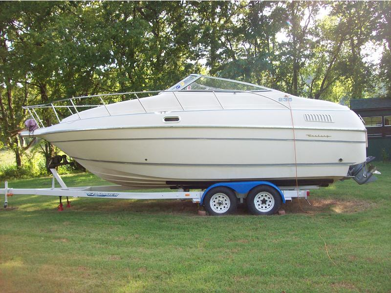 1993 CENTURY CRUISER ANTIGUA 235 located in Tennessee for sale